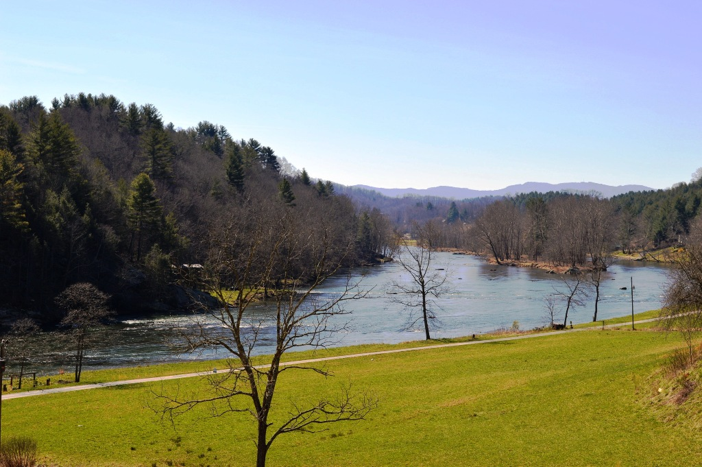 Sparta NC Riverfront & Lakefront Property